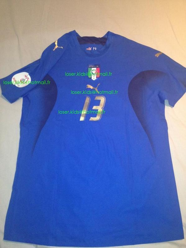 maillot porté par Alessandro NESTA pour sa denière selection : Géorgie - Italie