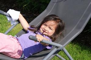 Le petit bonheur d'Ophé pendant les congés...c 'est ses grands qui reviennent  au nid...snifff