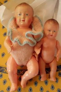 Deux petits bébés arrivés ce matin,  à habiller rapidement, le froid arrive...