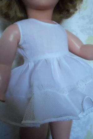 Fond de robe bien froufroutant!