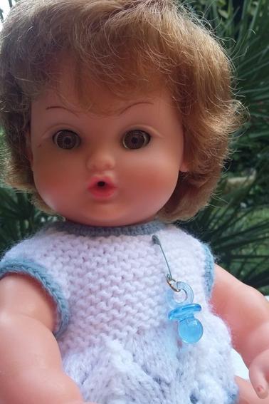 Je ne collectionne pas les poupées Bella , mais ces trois là ... j'ai eu mon coup de c½ur ! Elles ne prennent pas beaucoup de place les coquines !!!