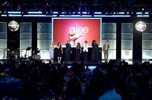 Hier soir à eu lieu The Family Equality Council's LA Awards dinner avec la présence de Chord, Darren, Harry, Alex, Ryan, Lea, Becca, Jenna et Dot .