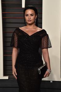 Demi Lovato Vanity Fair Oscar party 28 févier 2016.