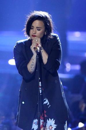 Demi sur scène à l'événement WeDay hier.