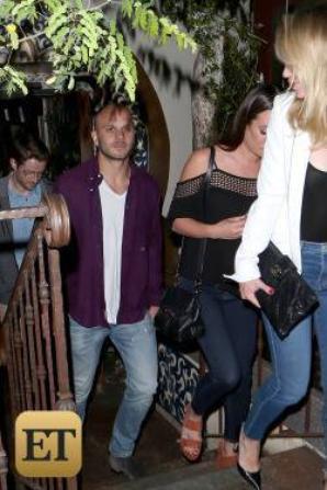 PHOTO EXCLUSIVE: Lea Michele et son nouvelle amoureux Robert Buckley sortent pour un Dîner