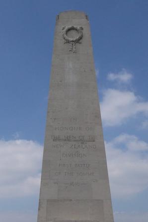 MEMORIAL NÉO-ZÉLANDAISE à Longueval (80)