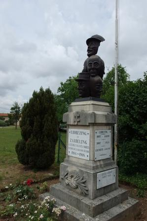 Monument aux morts de Librezing (57)