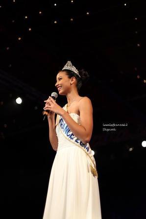 Flora a la  soirée au parc des expos pour l'élection de Miss Alès 2014 ,le 15 -02-2014