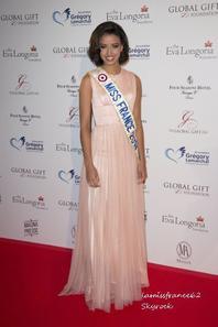 Flora  au Global Gift Gala