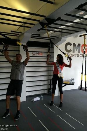 Flora avec Randy inventeur du TRX , et Franck président CMG sport club à Paris