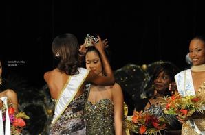 Flora ,Valéria Coelho Maciel  élue Miss Guyane 2014