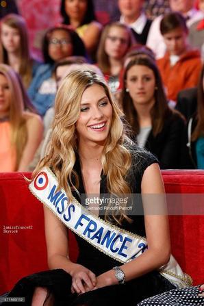 Camille est Sylvie Tellier Vivement Dimanche au lieu dimanche prochain sur France 2