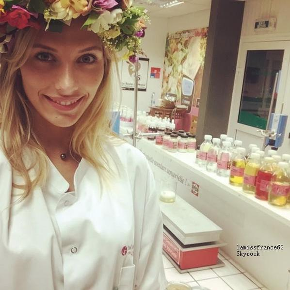 Camille visite  à la Cosmetic Academy