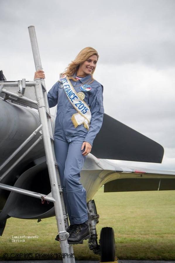 Camille au meeting aérien de Prouvy le 14 juillet