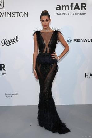 iris AmfAR Gala à Cannes