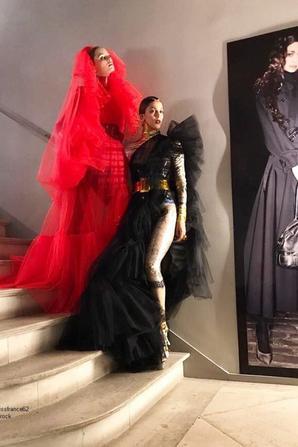 Iris a défilé pour le célèbre Jean Paul Gaultier à l'occasion de la Fashion Week Haute Couture de Paris