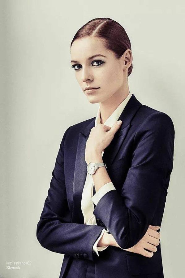 Magnifique , Déjà 1 mois que Maëva élue Miss France