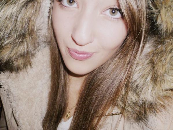 Moi ♥ « Le coeur qui craint la rupture n'éprouve jamais son amour. »♥  ♬   ☮