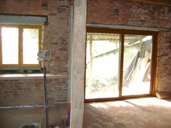 ouverture et mise en place d une porte fenetre et d une fenetre