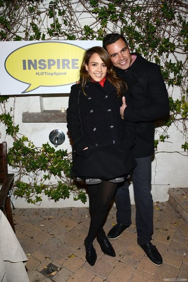 """Jess et Cash au concert privé """"Benefitting LIFT-LA"""", le 8 décembre"""