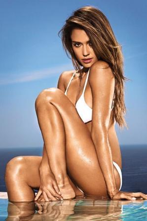 A 33 ans, Jessica est toujours extrêmement à l'aise avec son corps !