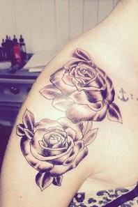 photos de mes tatouage comme demander =) j'en ai 7 !! cliquez sur les photos pour mieux voir