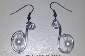 Parure Diva Chic en vente ici : http://www.alittlemarket.com/parure/parure_diva_chic_-4532709.html