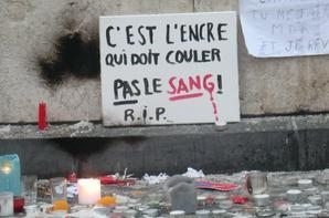 je suis charlie .paris .place de la république .ce matin .hommage ..