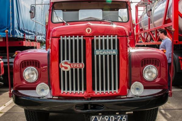 Scania 110 Super.