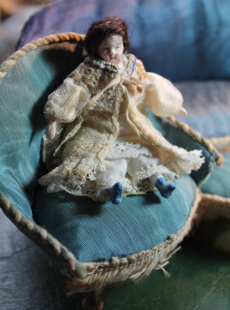 poupée mignonnette 8,5 cm