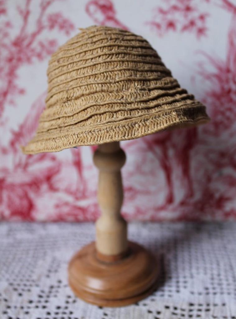 série chapeaux pour Bleuette