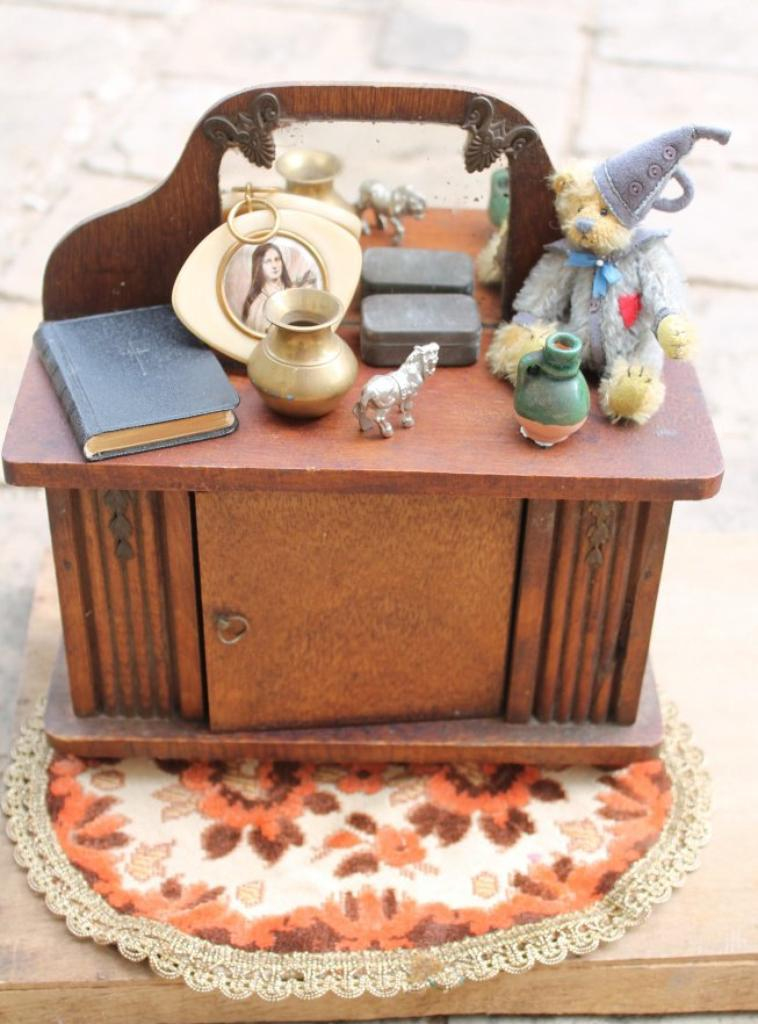 meuble poupée 1940/1950