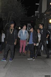 Justin Bieber quittant un restaurant à Berverly Hills