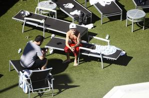 """Justin Bieber trés sexy à son hôtel, Perth, Australie """"Part 2"""""""