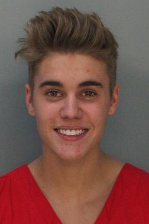 Justin Bieber lors de son arrestation pour 'course de voiture' à Miami