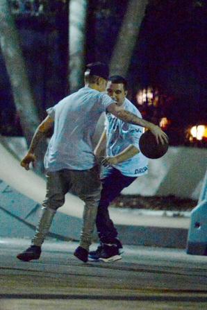 """Justin Bieber joue avec Austin Mahone au basketball à Miami """"Part 3"""""""