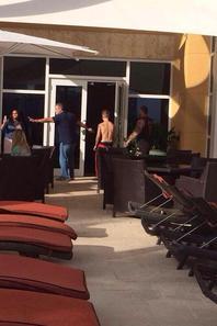 Justin Bieber trés sexy torse nu dans Miami, Floride