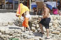 Justin Bieber trés sexy dans son boxer blanc Calvin Klein montrant ses belles fesses bombés