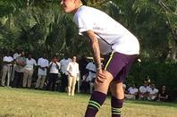 Justin Bieber trés sexy jouant dans les îles Turks et Caicos