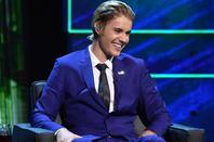 Justin Bieber sur la scène de Comedy Central Roast à Los Angeles, CA.