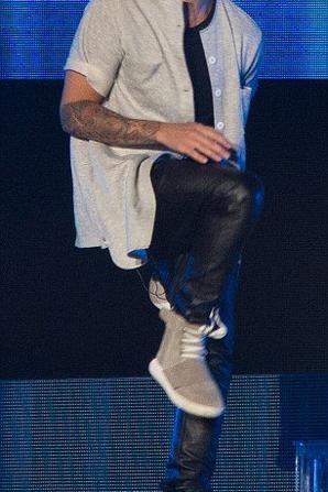 Justin Bieber sur scène  à Inglewood, en Californie