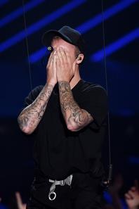 Justin Bieber sur scène pour les MTV Video Music Awards 2015 à Los Angeles, CA.