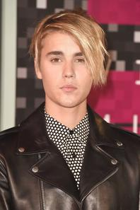 Justin Bieber au Microsoft Theater de Los Angeles pour les MTV vidéo Music Awards 2015, en Californie.