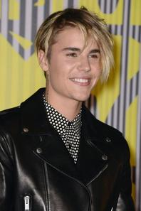 Justin Bieber au Microsoft Theater de Los Angeles pour les MTV vidéo Music Awards 2015, en Californie.