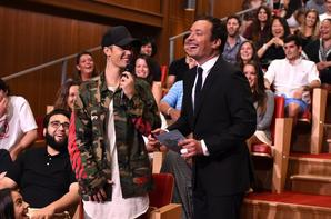 Justin Bieber dans l'émission The Tonight Show avec Jimmy Fallon