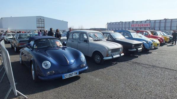 Le Torpédo Club de Thenon a été représenté par 8 voitures. Alain nous à rejoint en début d'après midi avec la Gentry.