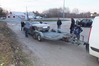 La Porsche aura passé la journée sur un parking en panne. Merci Dudu pour nous l'avoir ramené à Limeyrat...!!!