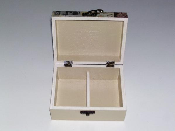 boîte a bijoux en bois décorer d'une serviette en papier paris