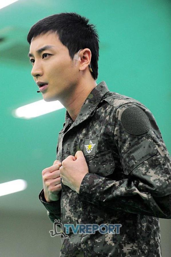 """The Promise"" Super Junior'S Leeteuk ♥ ! :3"