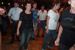 """Bal Domsbale...Super soirée avec Arizona 2 et surtout les girl's """"Country Sisters"""" Wouahou...."""